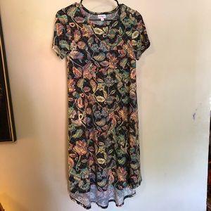 NWT LULAROE Carly flowy floral dress! XXS